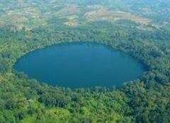 Yeak-Loam-Lake