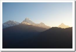 annapurna-himilayan-just-before-sunrise-seen-from-poonhill